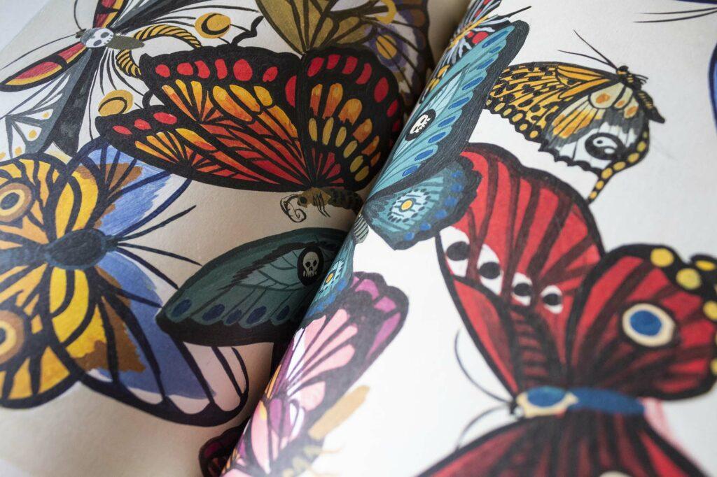 Interior del libro de la artista Mercedes Bellido