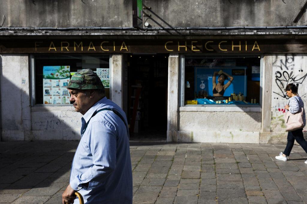 """Imagen de """"Passeggero"""" en Venezia de Alex Basha"""