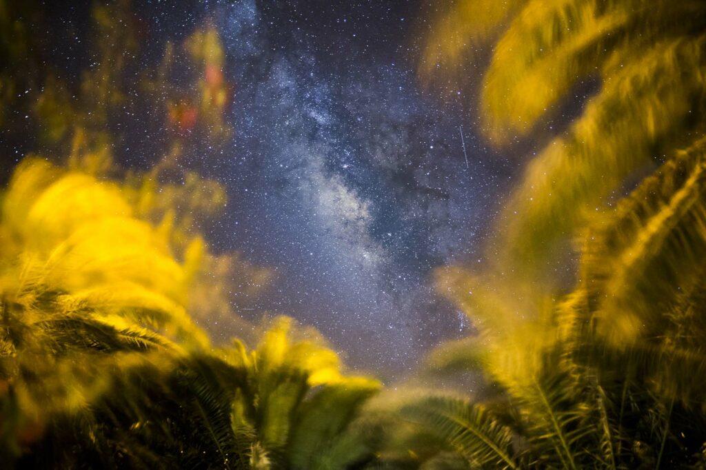 Eta Acuáridas imagen cielo nocturno